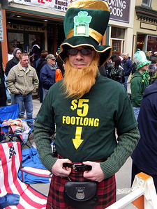 """So we spotted this t-shirt in the crowd.  There was some discussion about charging him with false advertising so we called on the """"Certified Kilt Inspector,"""" Joni to inspect and report."""