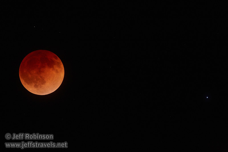 The moon in total eclipse with a star to its right (4/15/2014)<br /> EF400mm f/5.6L USM +2x III @ 800mm f11 1/4s ISO6400