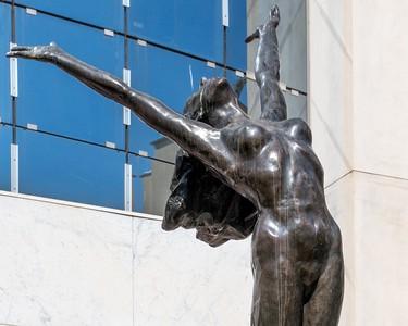 Monaco Statue Woman 1