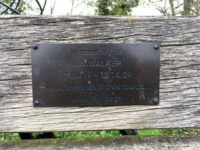 Ian Walkers bench alonside the Kennet and Avon Canal