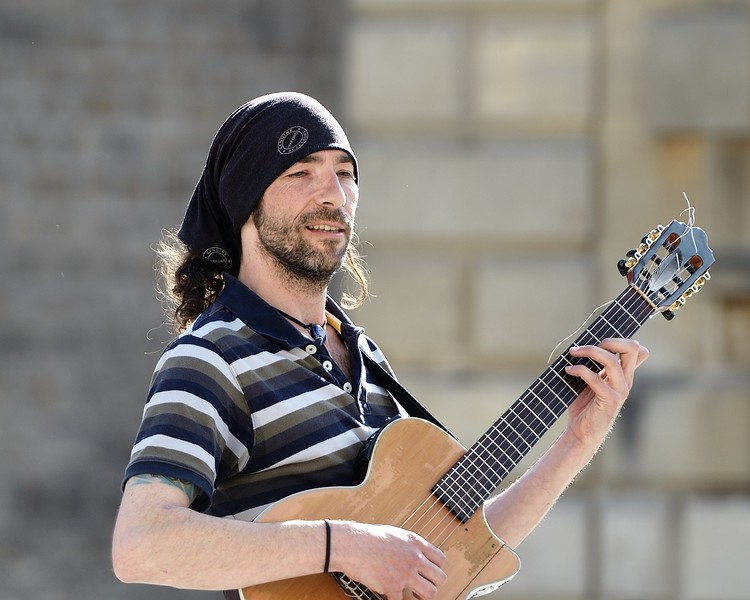 Just One Tune - Bath Busker 31st August 2014