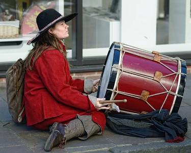 Newbury Roundhead Drummer Girl reenactor