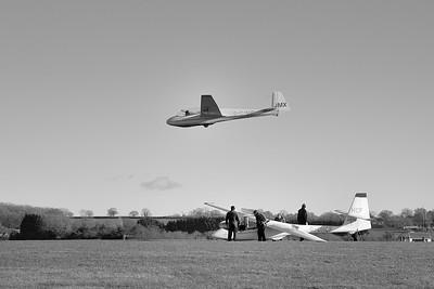 Shalbourne Glider Above