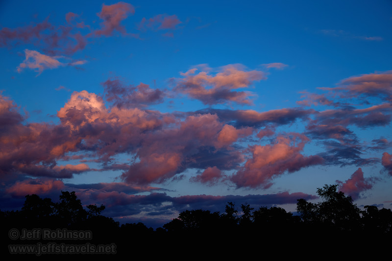 Clouds to the east at sunset (5/25/2016, my field)<br /> EF24-105mm f/4L IS USM @ 50mm f6.3 1/60s ISO200