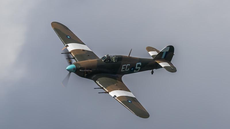 JD2A0380  Hawker Hurricane IIc PZ865 'EC-S'