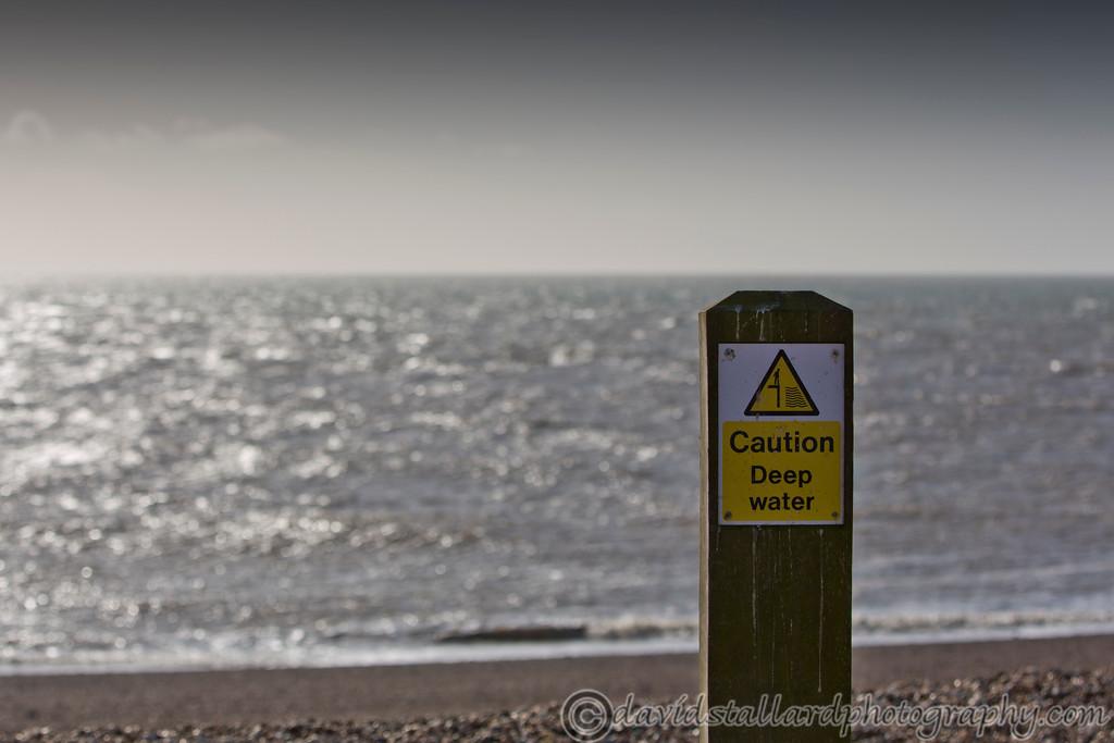 IMAGE: http://www.davidstallardphotography.com/Out-n-About/Dungeness-Beach-22-02-14/i-qNszj2b/0/XL/Dungeness%20Beach%2022-02-14%20%20021-XL.jpg