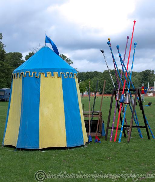 Jousting - Watham Abbey 21-08-10   001