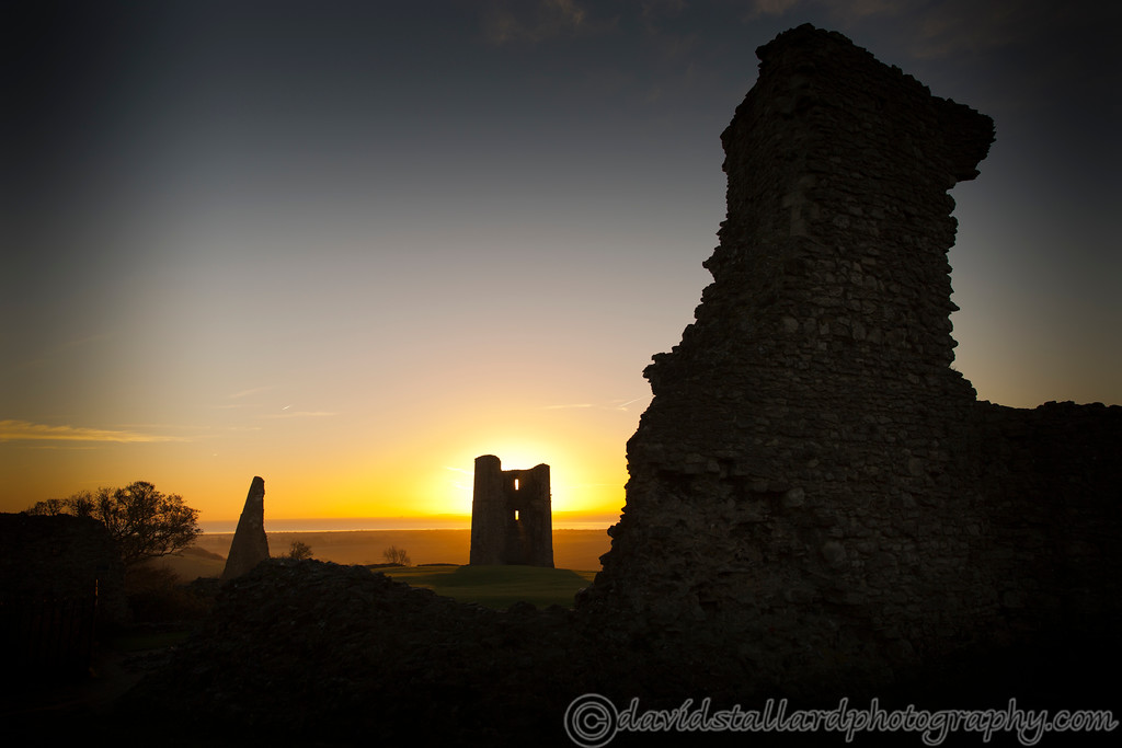 IMAGE: https://photos.smugmug.com/Out-n-About/Sunrise/i-p9kjHx2/0/XL/Hadleigh%20Castle%20Sunrise%2011-12-16%20%200009-XL.jpg
