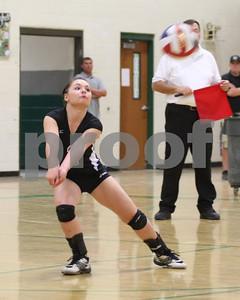 2010-10-01 Fallon V-ball