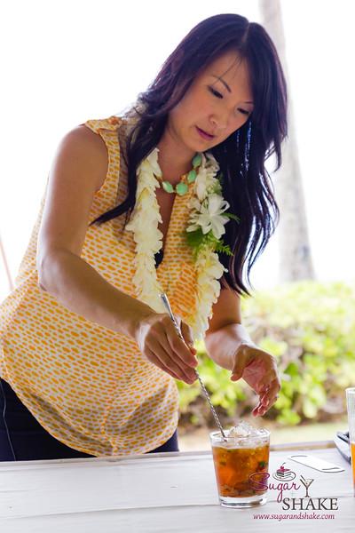 Kā'anapali Fresh 2014. Fresh Mixology 101: Kā'anapali Craft. Chandra Lucariello. © 2014 Sugar + Shake