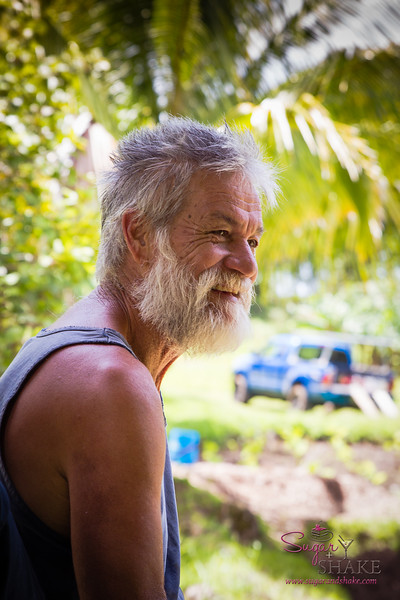 Uncle John Lind of Kapahu Living Farm in Kīpahulu. © 2015 Sugar + Shake