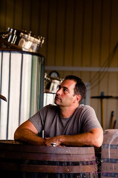 Robert Dawson of Manulele Distillers. © 2015 Sugar + Shake
