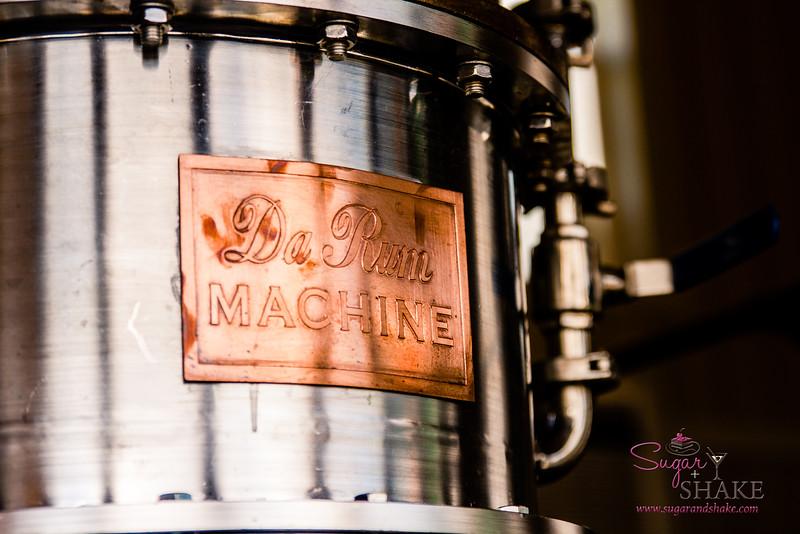 Manulele Distillers' still. © 2015 Sugar + Shake