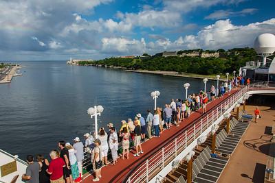 Sail Into Havana