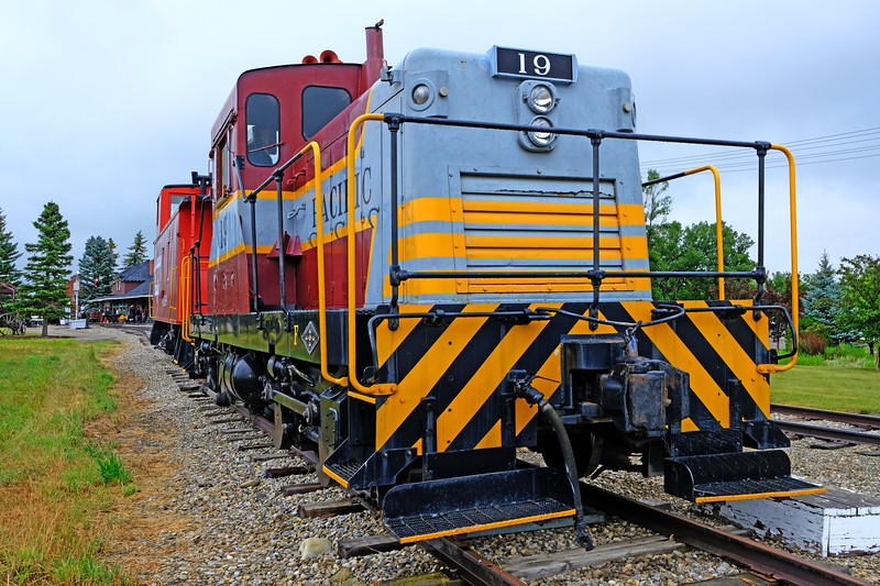 GE 44-Ton Switcher