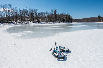 """BIKING 05504  """"Lake Riding"""""""