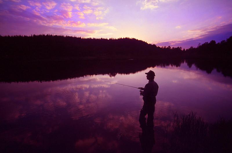 fishermansilhouetteBW