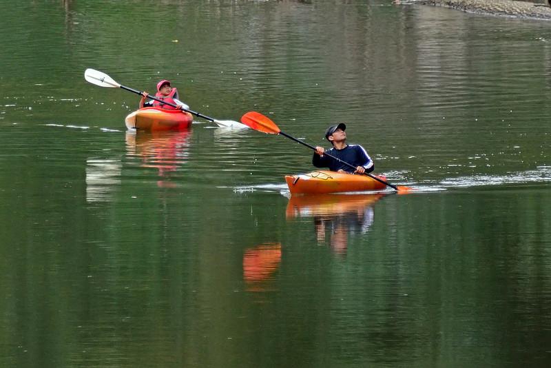 KayakersSouthBranchPotomacRiver-10-2-16-SJS-004
