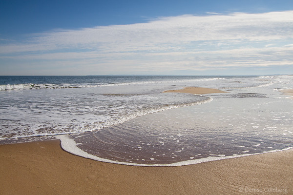 swirling, tide inbound