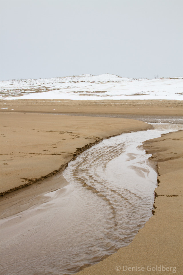 water swirls to the ocean