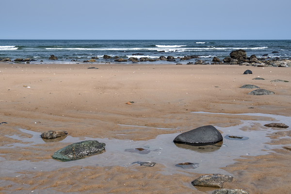 rocks on the beach, Sandy Point State Reservation