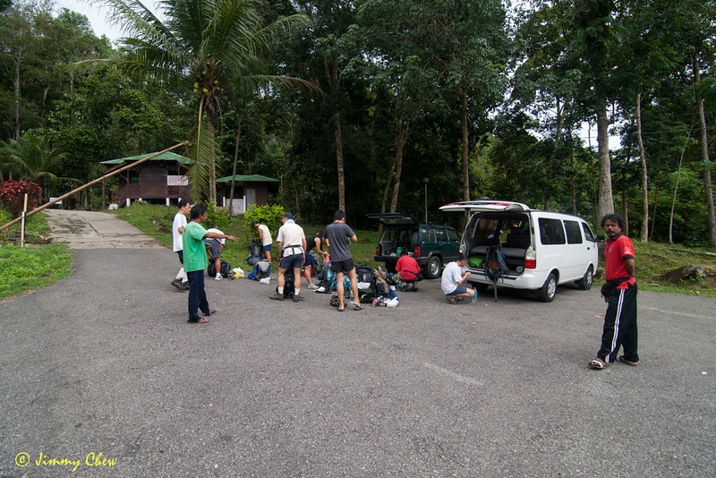 Unloading upon reaching the Stong State Forest Park.