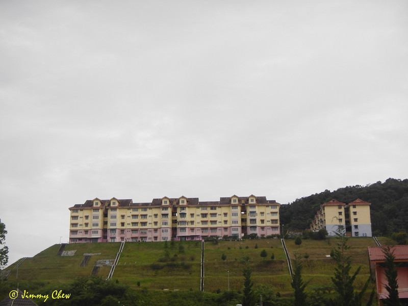 "Puncak Arabella.<br /> <br /> Album: <a href=""https://www.facebook.com/media/set/?set=a.10154598392598529.1073742084.645243528&type=3"">https://www.facebook.com/media/set/?set=a.10154598392598529.1073742084.645243528&type=3</a>"