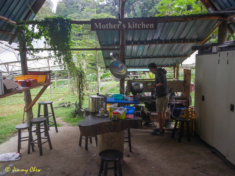 Name of the kitchen - Mother's Kitchen. Cooking facilities are available at a cost.