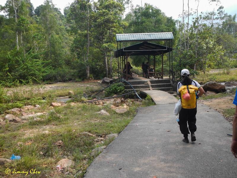 Heading to the bridge crossing.