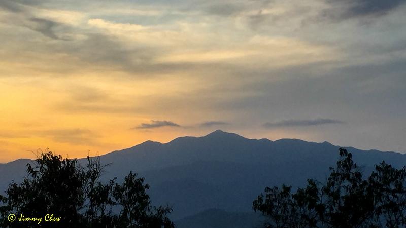 Gunung Rajah Northwest of Acacia Hill.