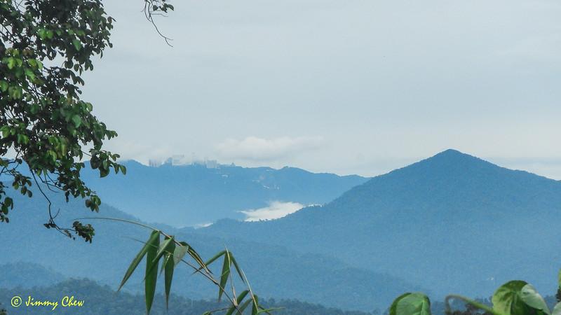 Bukit Bunga Buah and Bukit Boyan (obscured). Genting Highlands in between.