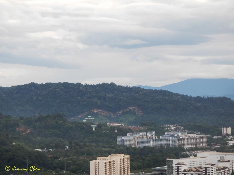 Apek Hill.