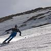 Le mec qui te ferait croire qu'il est possible de skier aussi bien avec des skis de course qu'avec des gros fat... Quand le niveau est là, tout va !