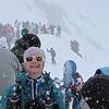 J3 : Au col de la Forclaz, la neige s'invite. Il y a foule.<br /> Photo : Maryse PEISSEL