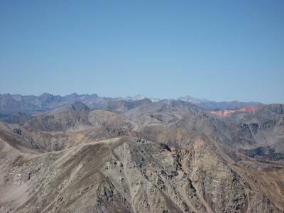 A shot from the summit of Missouri. I believe that the mountains in the far distance are the Elk Range. Right in the middle is, I think, Snowmass, which we climbed 3 weeks earlier.