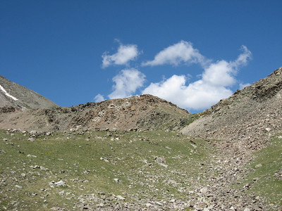 This is where you pick up a trail to head up the eastern ridge of Torreys. Very exposed in places. One day I shall return to head up that way!
