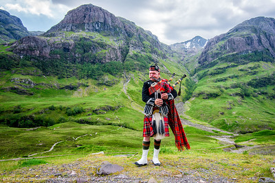 Bagpiper, Ben Nevis, Scotland