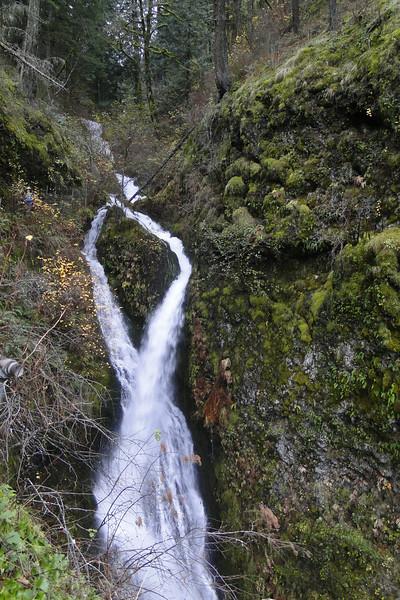 Little Necktie Falls
