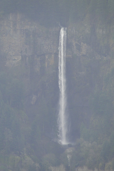 Multnomah Falls from Cruzatt Point.