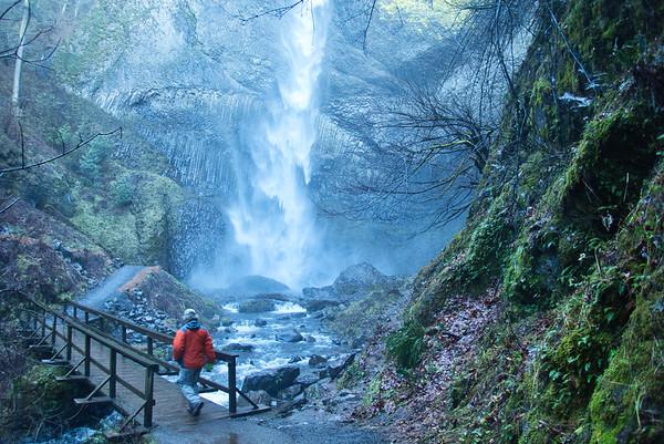 01/01 - Latourell Falls