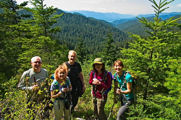 05/06 - Searching for the Cascade Crest Trail