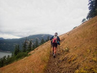 Starvation Ridge - Mt Deffiance Loop © Chiyoko Meacham