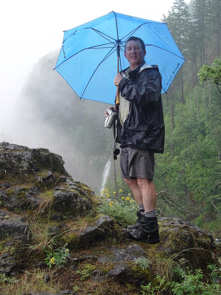 Eric, Multnomah Falls