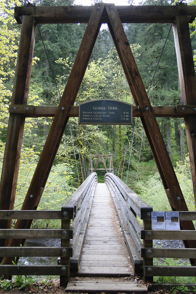 The T400 bridge over Eagle Creek.