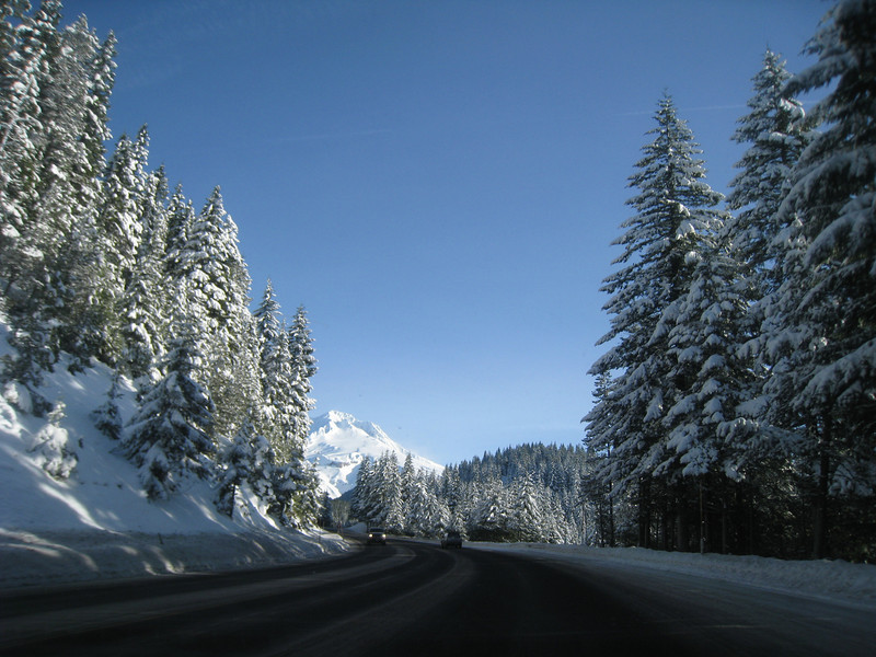 Heading up highway 26 <FONT SIZE=1>© Chiyoko Meacham</FONT>