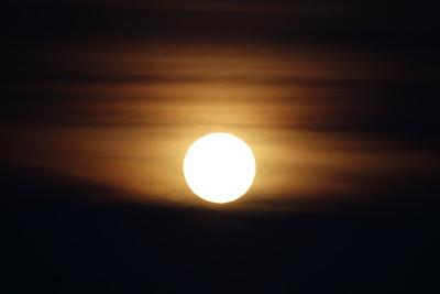 A Super Moon Rises - 2018/01/01