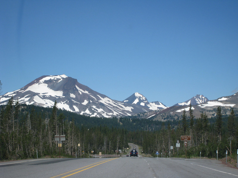 Almost there! Cascade Lakes Scenic Highway. <FONT SIZE=1>© Chiyoko Meacham</FONT>