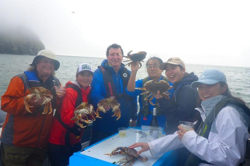 Mt. Milers go crabbing!