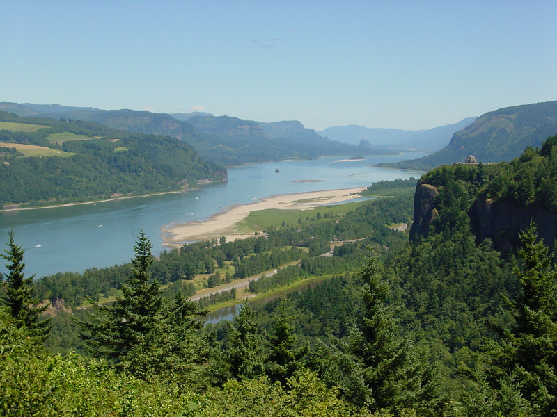 Columbia Gorge & Vista House.