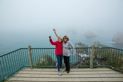 20170329 Janet & Jude at Nugget Point - Southland 4x4 trip _JM_4822 a